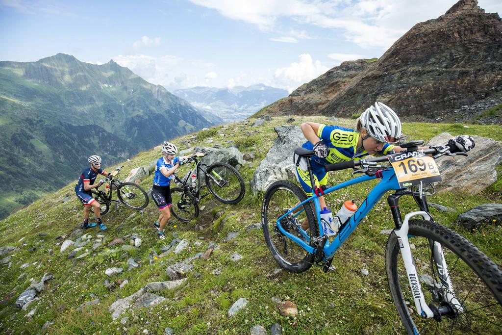 Bike Transalp 2016, gara di mountain bike a coppia attraverso le Alpi
