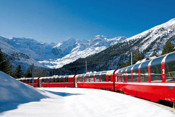 Sulle Alpi in inverno con il Bernina Express