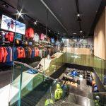 L'interno del nuovo Salewa Store di Cortina