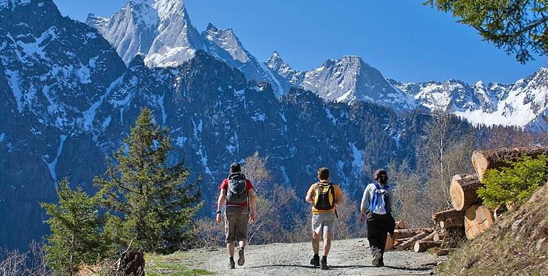 Via Bregaglia, trekking alpino tra natura e cultura