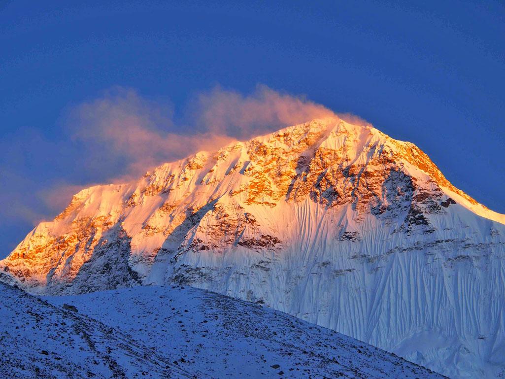 Chamlang Peak, spedizione del Centro Addestramento Alpino di Aosta