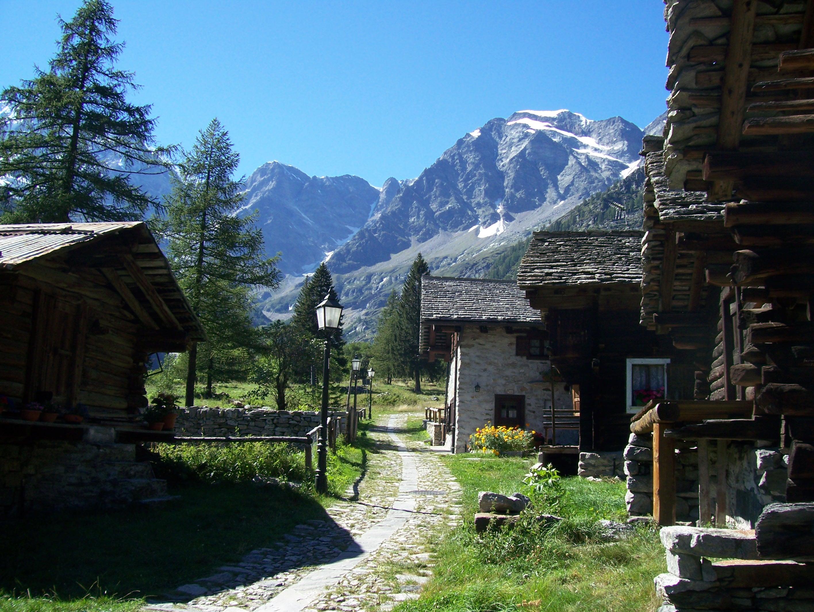 Il vecchio dorf walser di Macugnaga Monte Rosa