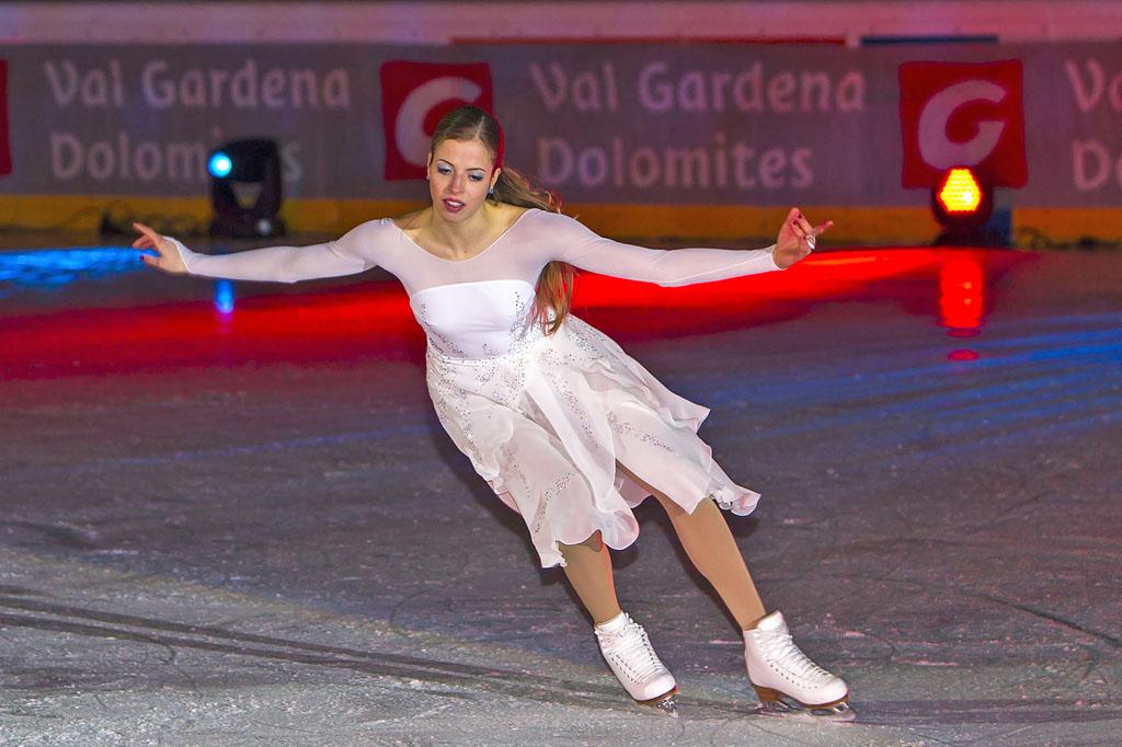 Spettacolo su ghiaccio con Carolina Kostner