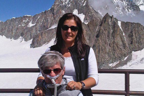 Mario Melazzini con la moglie monica sul Monte Bianco