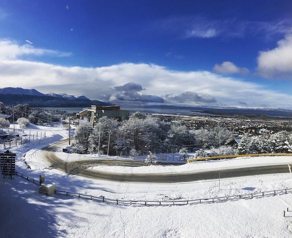 Elena Curtoni: lieve infortunio a Ushuaia