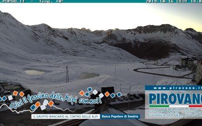 Neve al Passo dello Stelvio e Livigno: fotografie