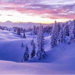Panorama invernale sulle Alpi di Villach