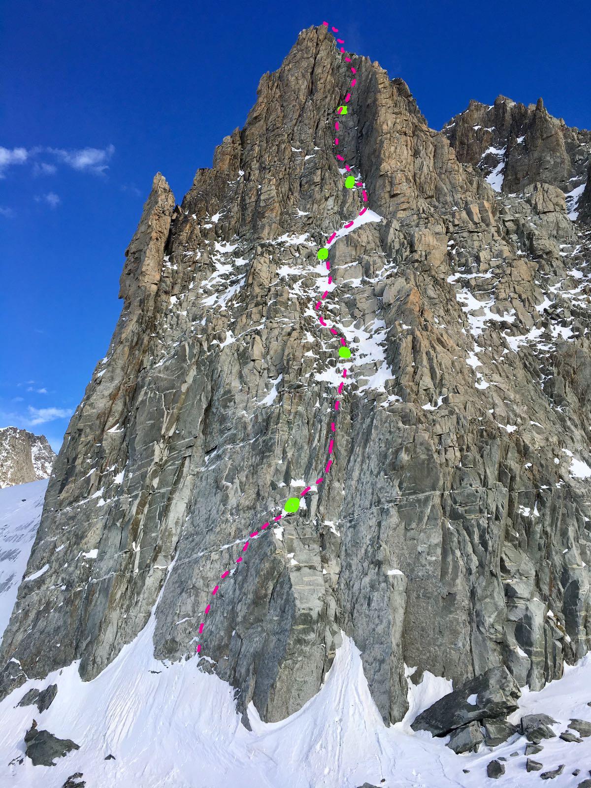 La nuova via aperta sulle Aiguilles Marbrées, massiccio del Monte Bianco