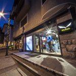 L'ingresso del nuovo Salewa Store, in Corso Italia n. 2 a Cortina