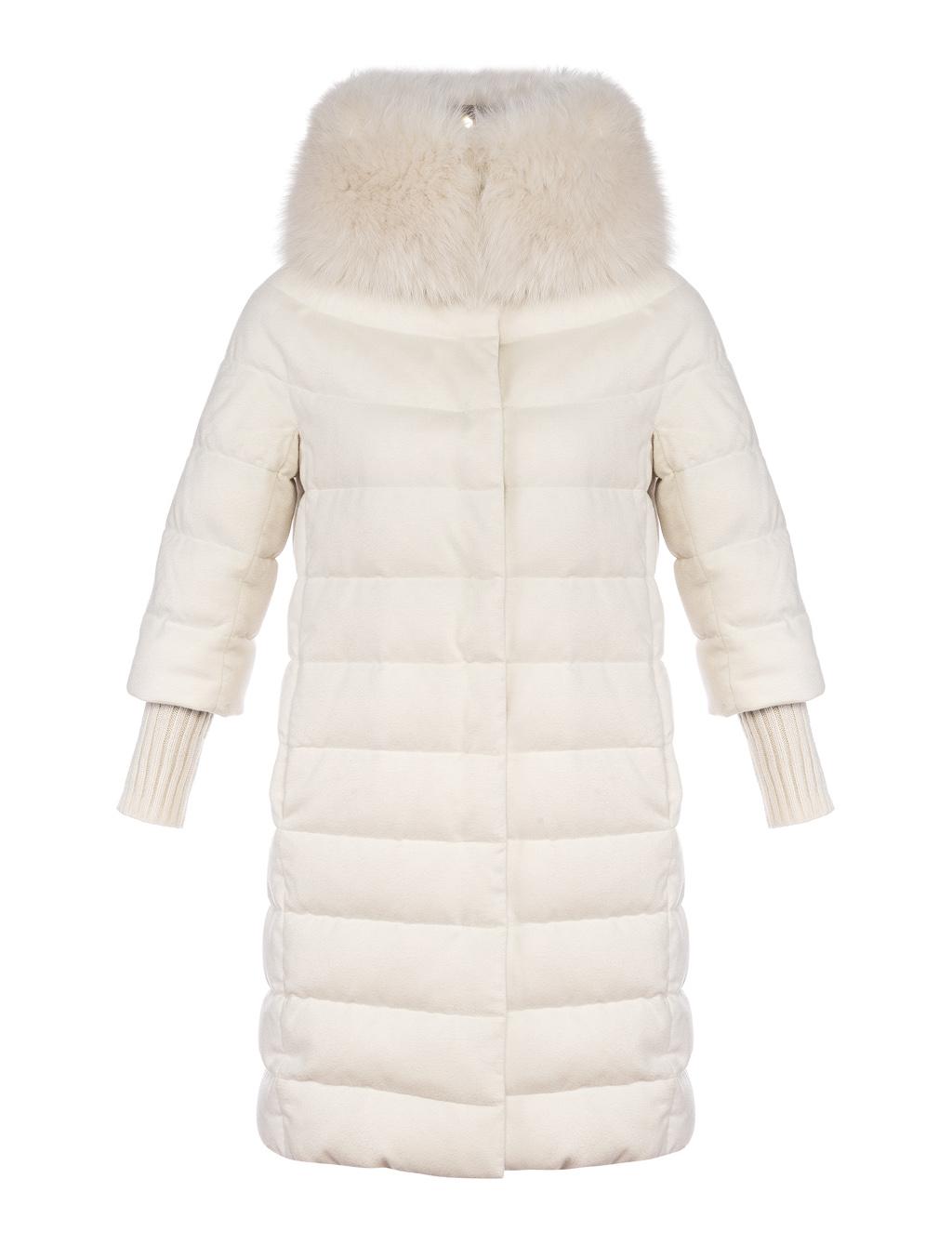 HERNO DONNA – Piumini e cashmere-seta con trattamento anti-goccia, il vero lusso. Cappotto girocollo con maniche a 3/4 accessoriato da ampio collo in pelliccia e manicotti in maglia staccabili.