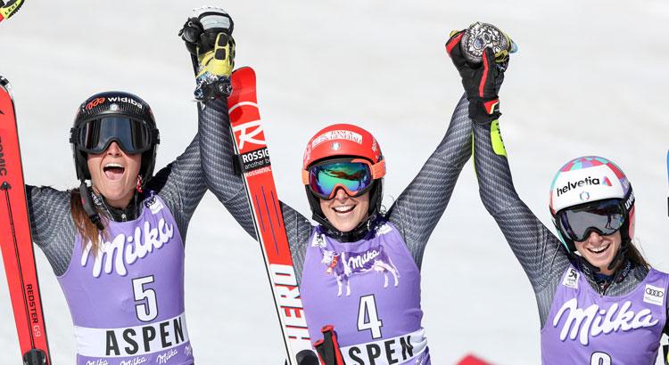 Federica Brignone, Sofia Goggia, Marta Bassino: podio storico per lo sci italiano