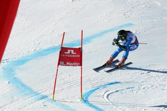 Sofia Goggia in azione sulle nevi di Sankt Moritz 2017