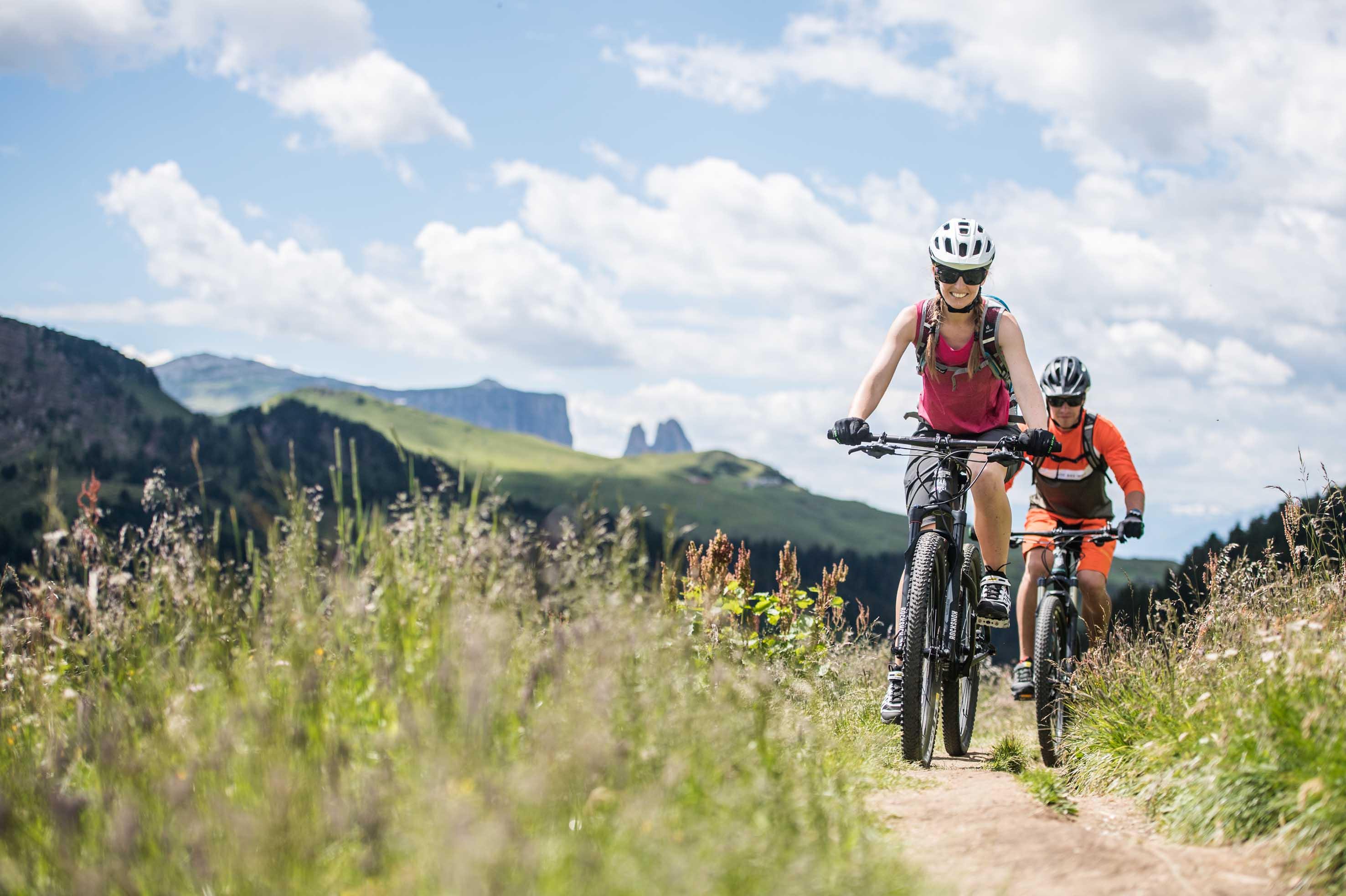 A selva di Val Gardena, da giovedì 15 a domenica 18 giugno, torna l'HERO Bike Festival