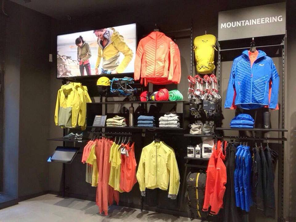 Veduta del nuovo Salewa store di Padova