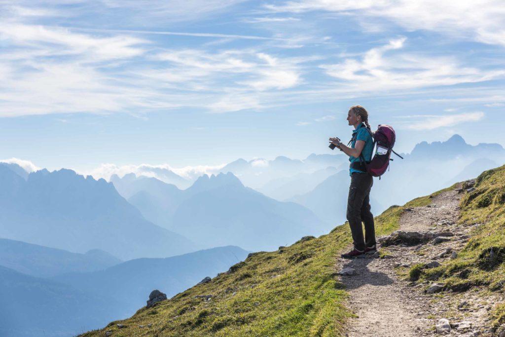 In montagna, vacanze sicure con distanza sociale garantita. Il punto degli operatori alpini
