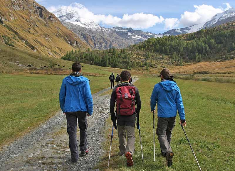 Le scarpe per camminare in montagna