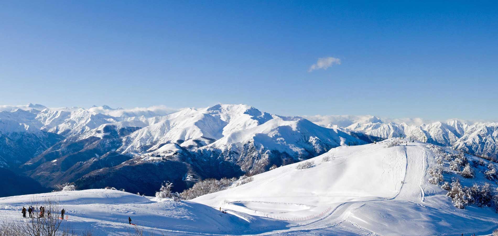 Il Mottarone: sentieri, pista da sci, orari funivia, strada