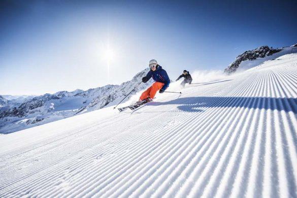 Stubai, sciare tra sole, cielo e ghiacciai