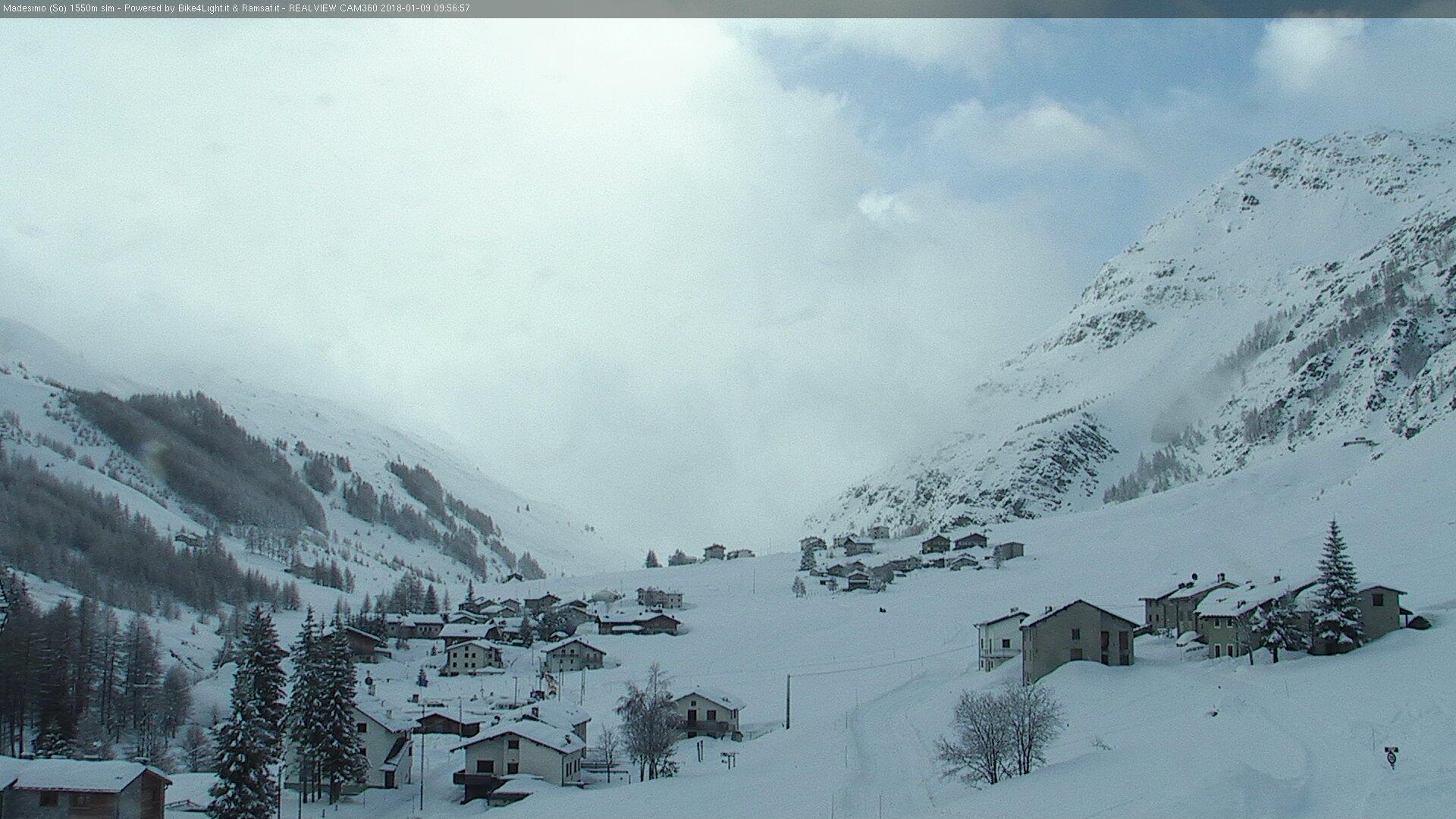 Grande nevicata sulle Alpi 9 gennaio 2018, Madesimo (SO)