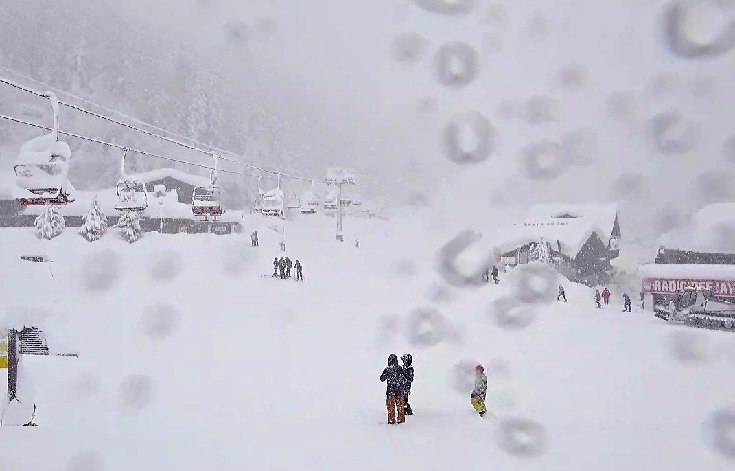 Grande nevicata sulle Alpi, 9 gennaio 2018: Pila (AO)