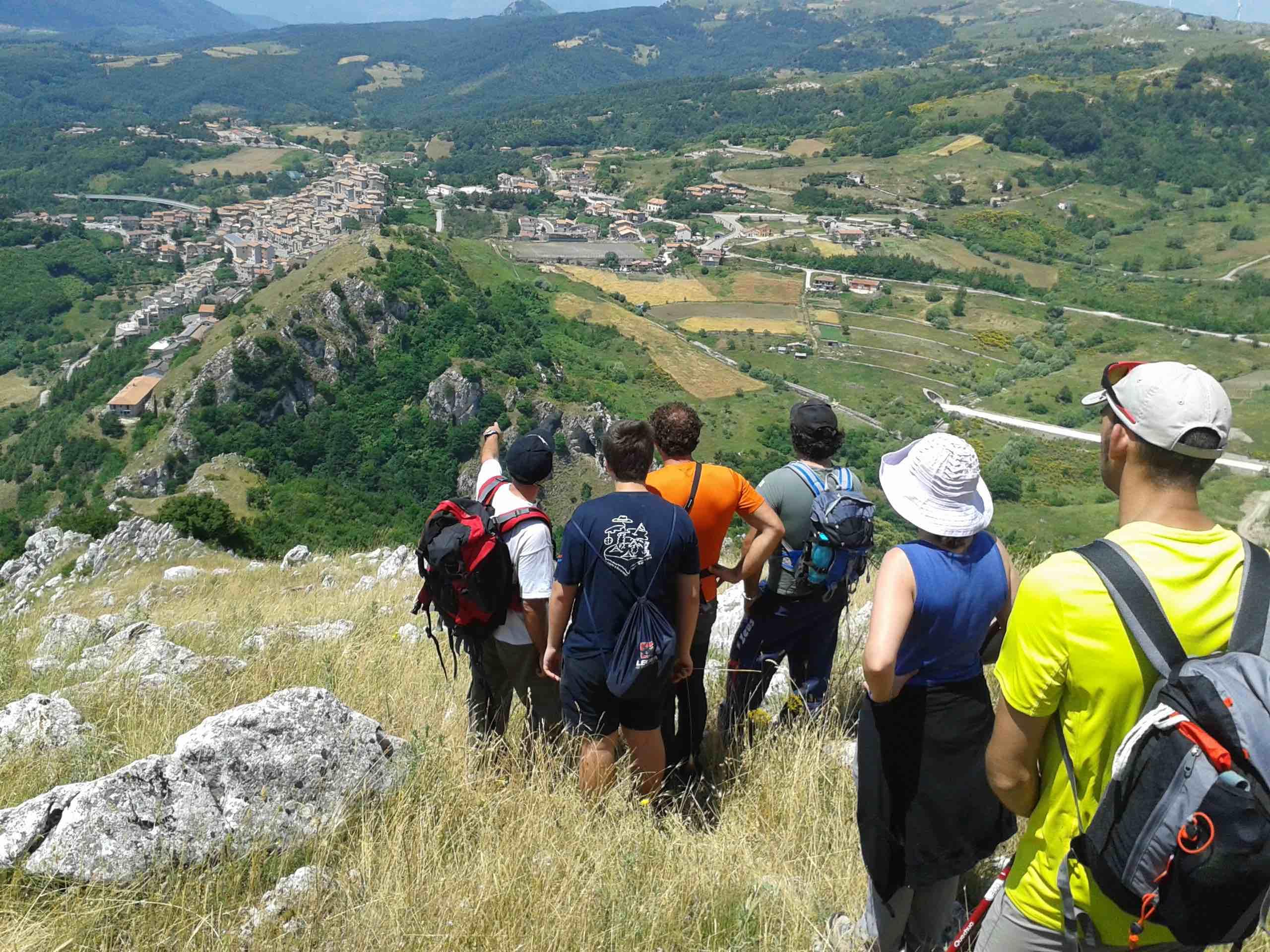 Trekking in Basilicata: in cammino sull'Appennino Lucano con Agata e Gabriele