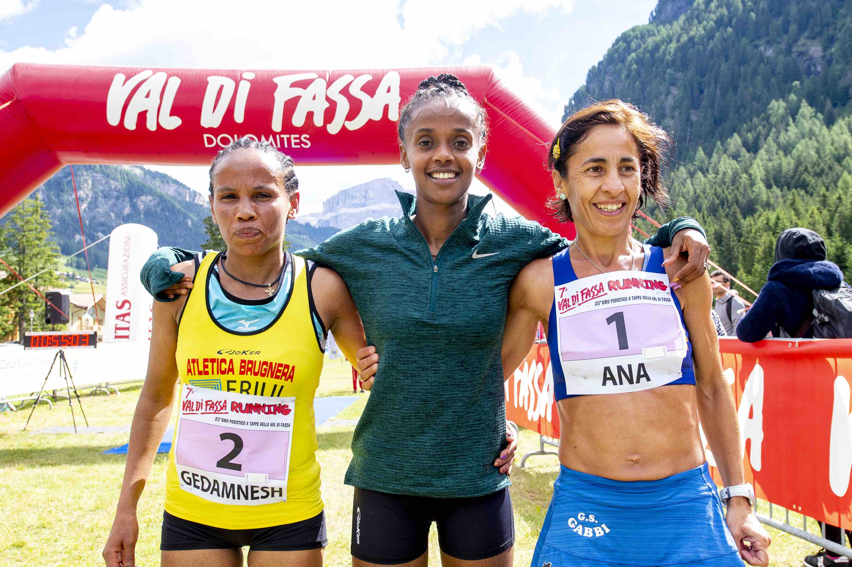 Day 1 - Podio Femminile Val di Fassa Running 2018
