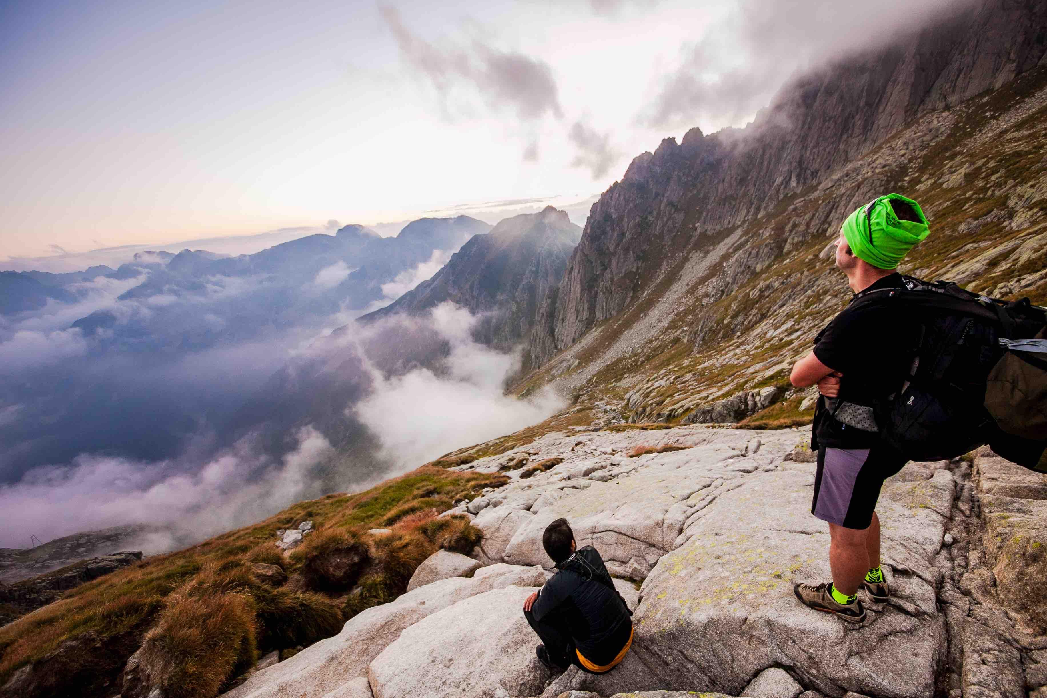trekking cima Asta cielo nuvole - StoryTravelers