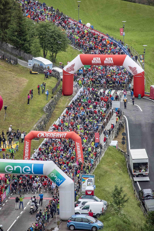 Partenza Maratona dles Dolomites 2018 - foto freddy planinschek