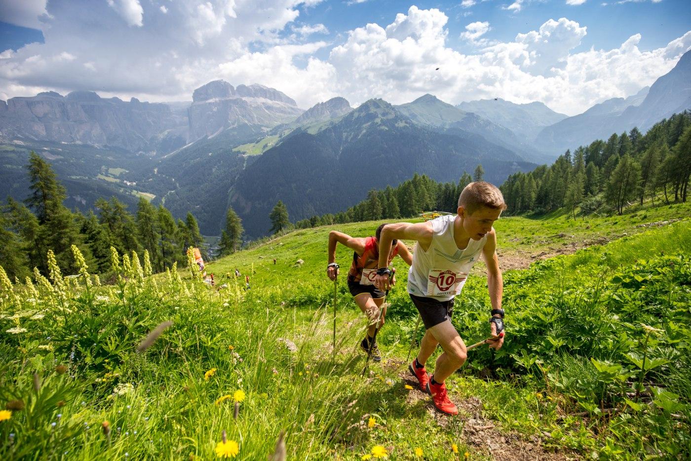 Atleti in azione alla Vertical Kilometer Crepa Neigra