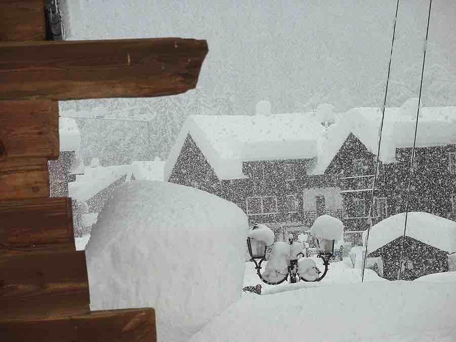Grande nevicata sulle Alpi dicembre 2020: immagini degli accumuli nelle località