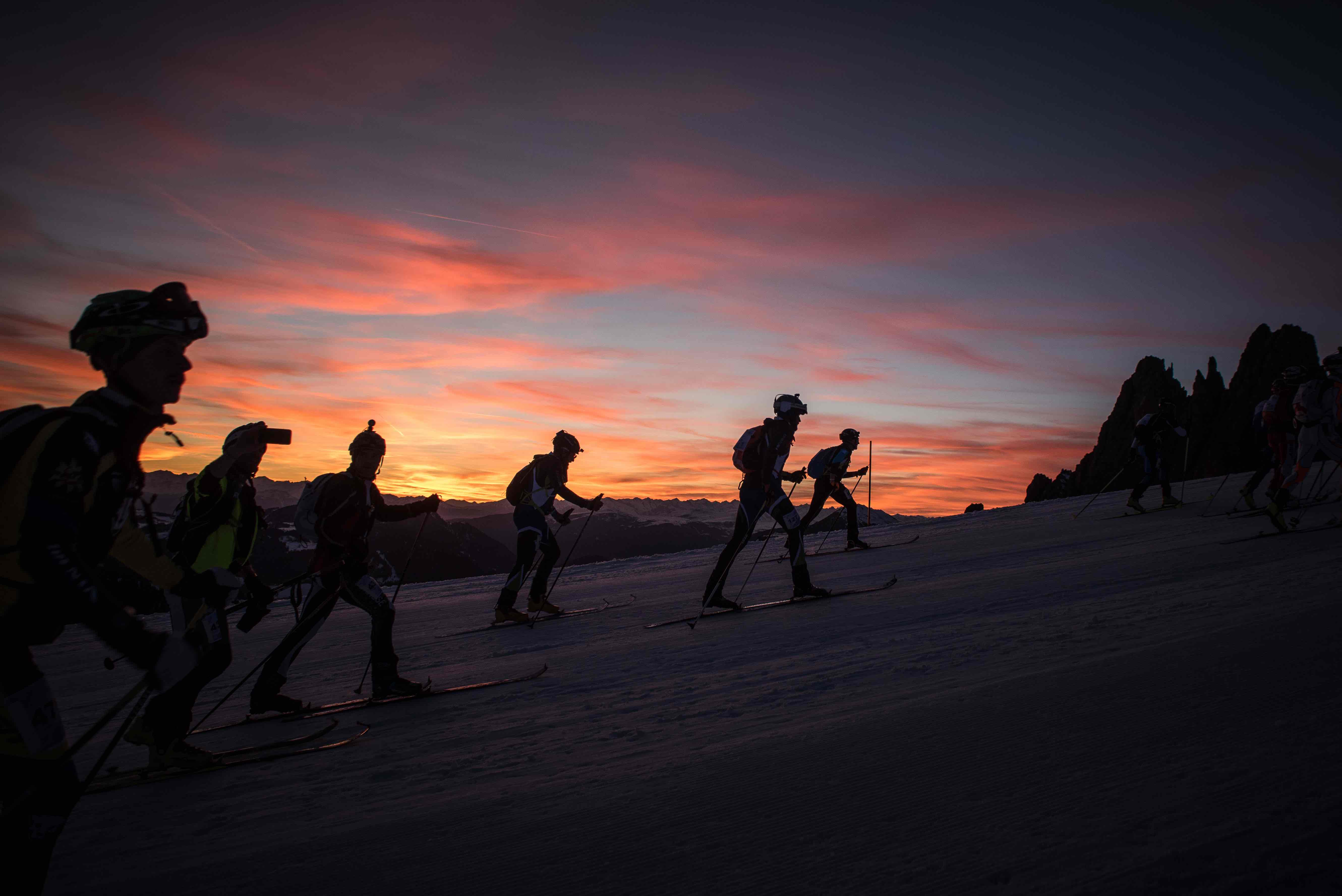 sellaronda skimarathon 2019, tramonto