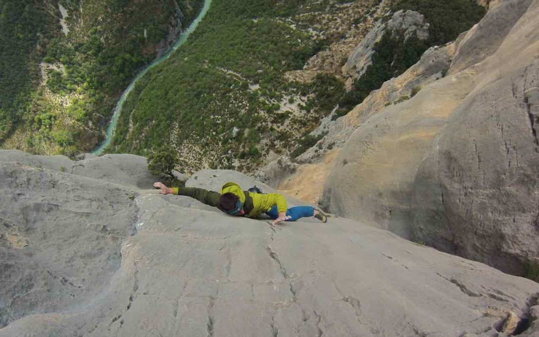 Alessandro Zeni: arrampicare su roccia. Intervista con l'atleta del Centro Esercito di Courmayeur
