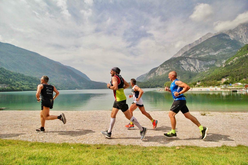 Atleti in azione alla Molveno Lake Running 2019