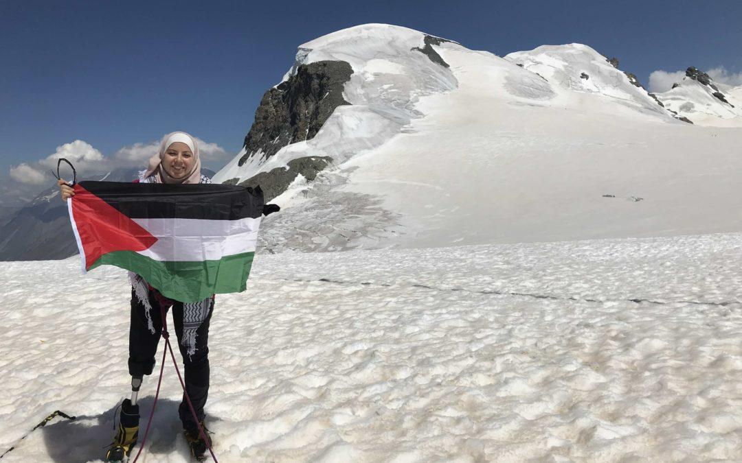 Yasmeen Al Najjar sul Breithorn: messaggio di pace dalle montagne della Valle d'Aosta