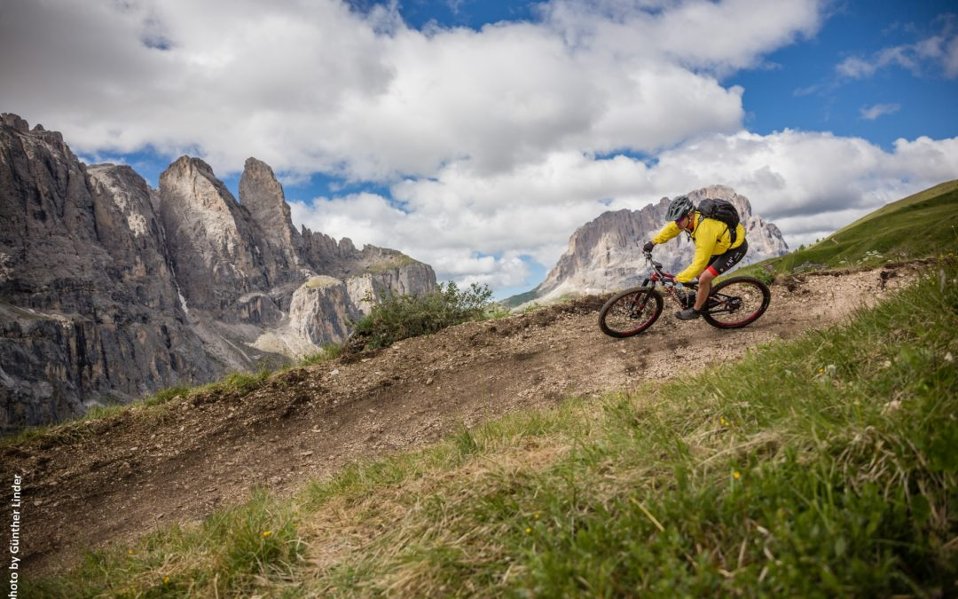 Mountain Bike in Val Gardena: 22 itinerari per l'estate 2020