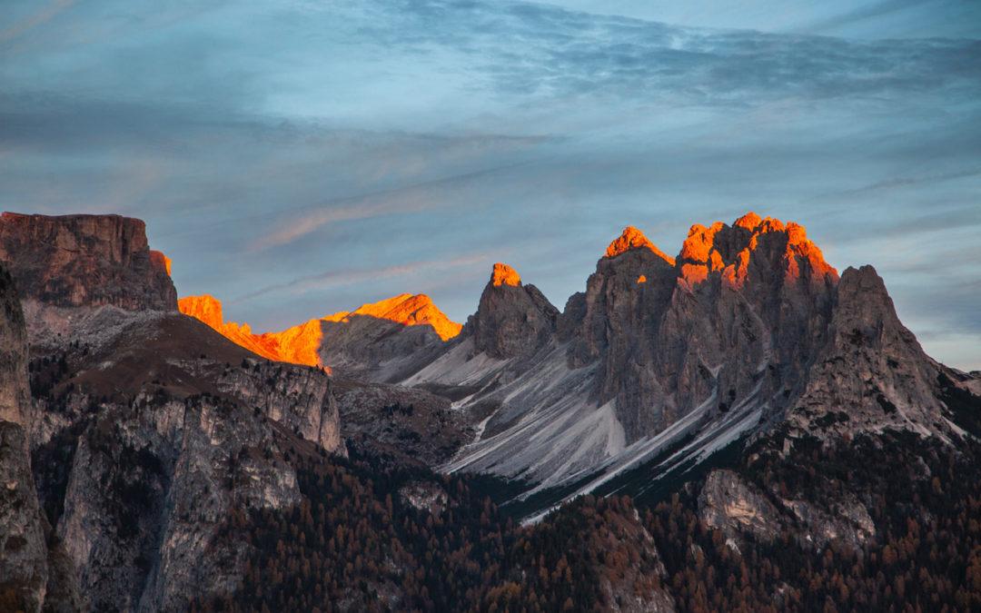 Tramonti autunnali sulle Dolomiti in Val Gardena: programma attività settimanali