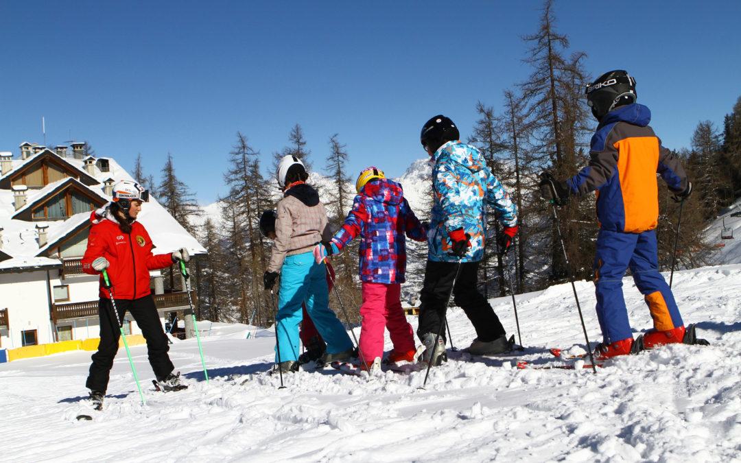 I maestri di sci chiedono rispetto per il comparto montagna. Netta presa di posizione di AMSI, ANEF e FISI