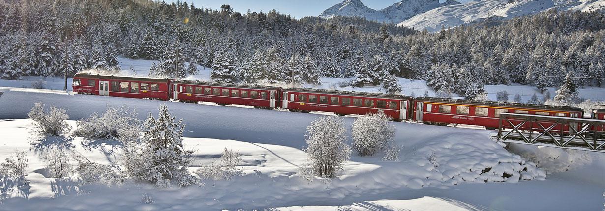 treno-bernina-express-winter