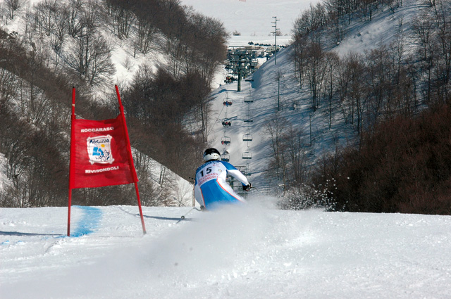 Neve da vivere in Abruzzo: racchette da neve, snowpark, camminate e Mondiali Juniores di Sci Alpino
