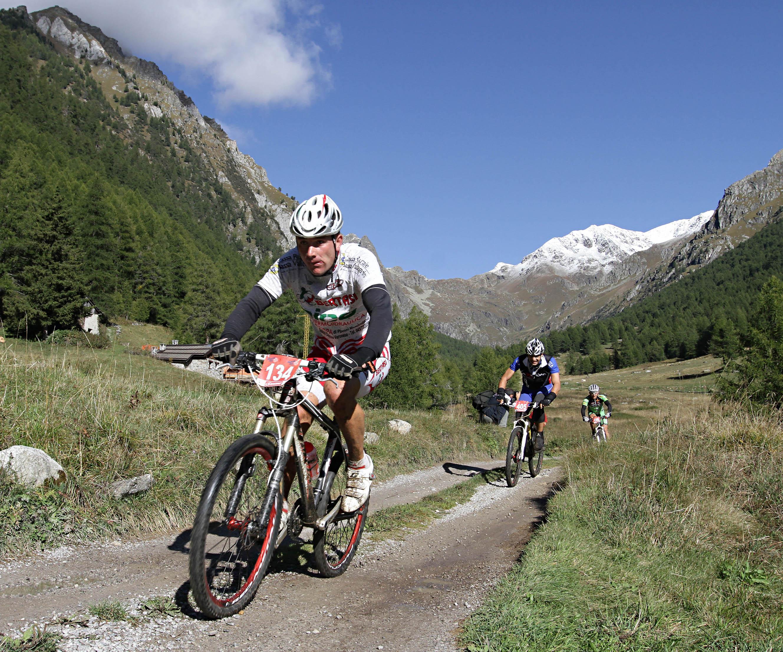 Domenica 18 settembre la 7.a Adamello Bike Marathon