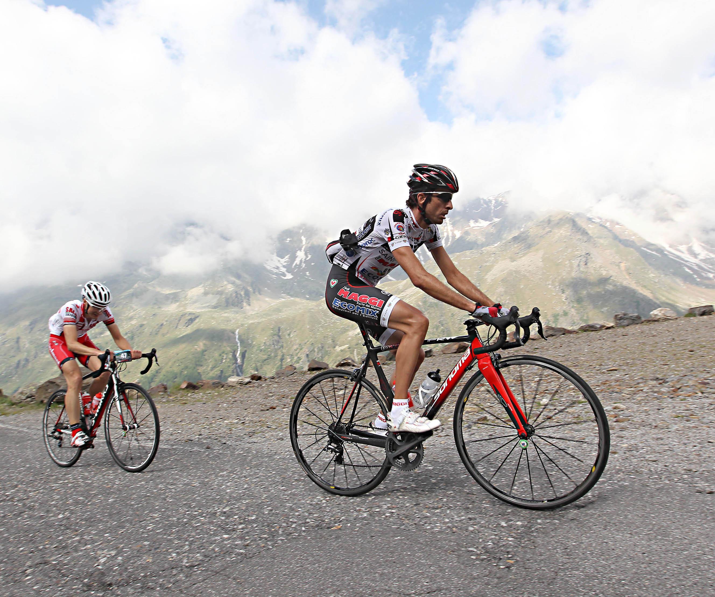 Ciclismo: sulle orme di Marco Pantani con la Granfondo Internazionale Giordana 2013