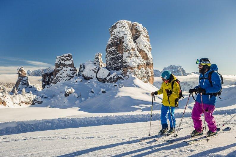 La magia delle Dolomiti di Cortina in inverno
