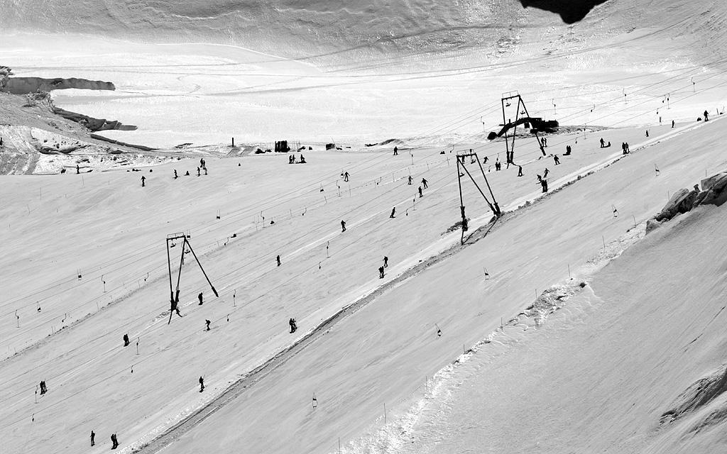 Lo sci riparte da Breuil Cervinia Zermatt