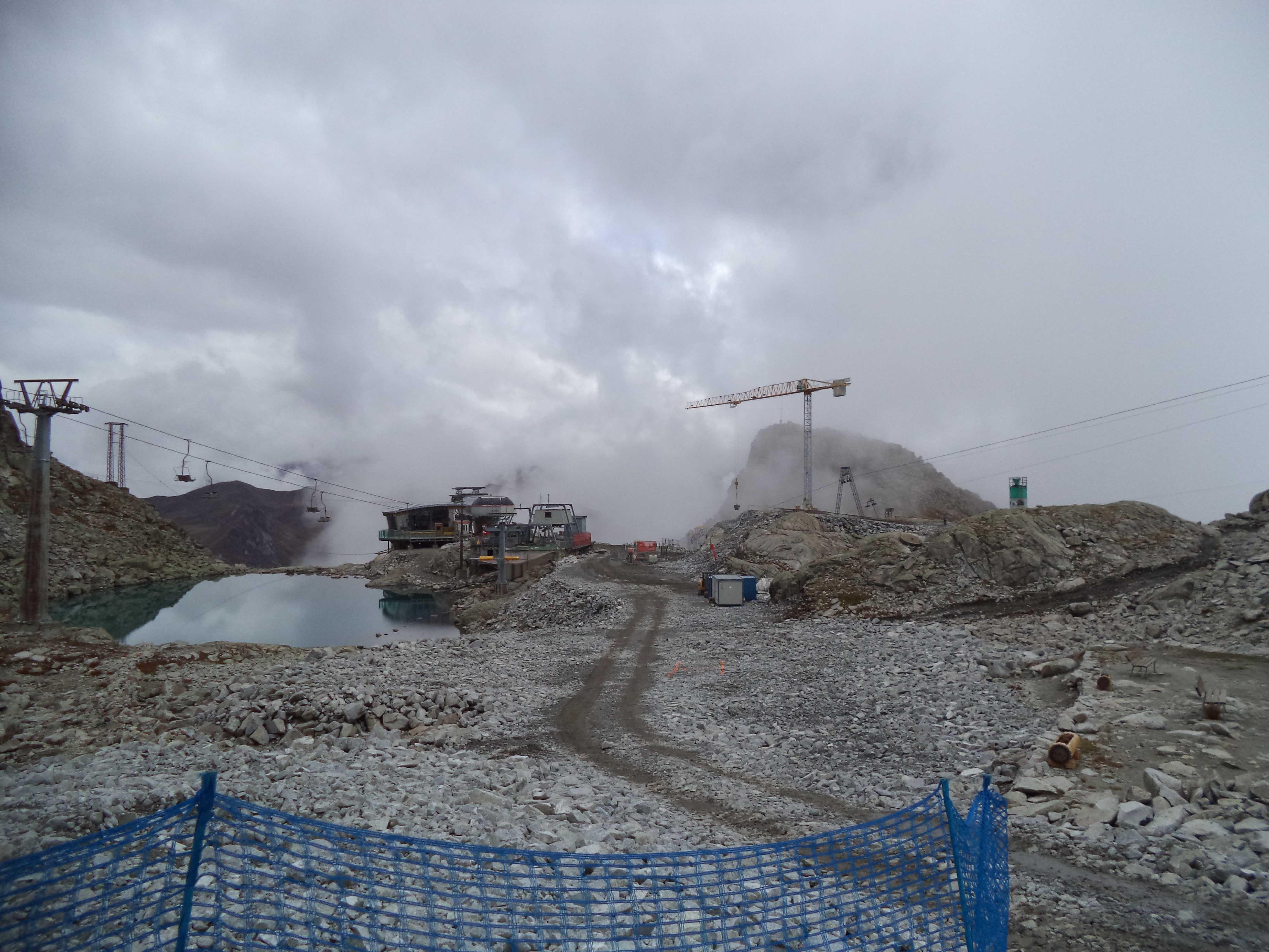 Ghiacciaio Presena: si lavora a ritmo spedito alla costruzione del nuovo impianto