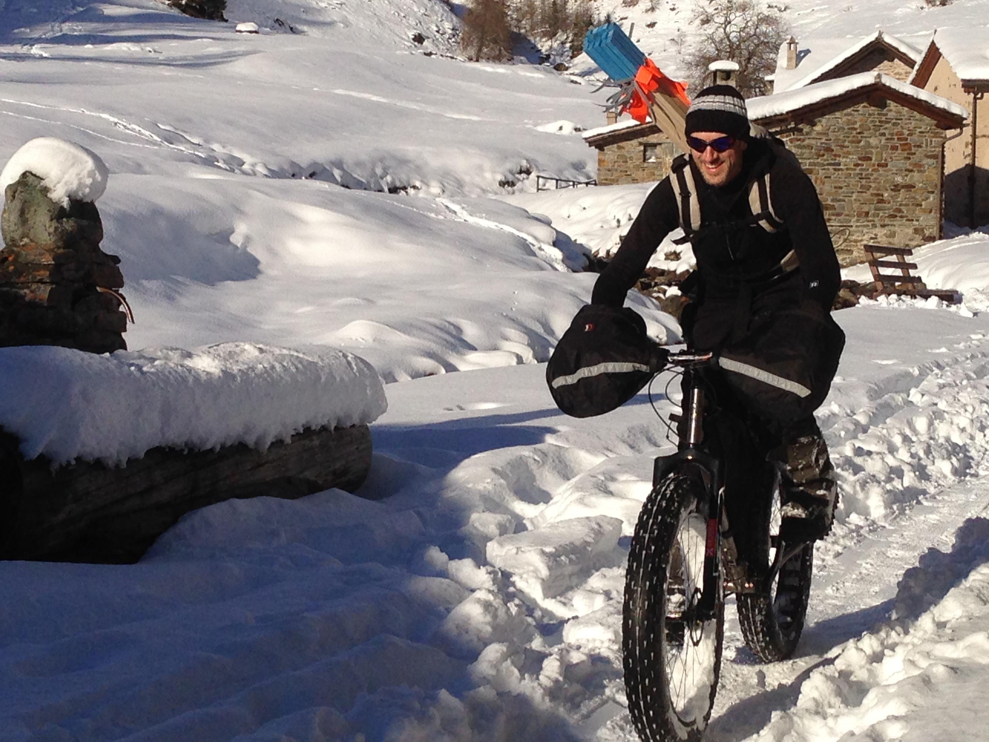 La Grande Corsa Bianca, gara estrema tra le nevi delle Alpi