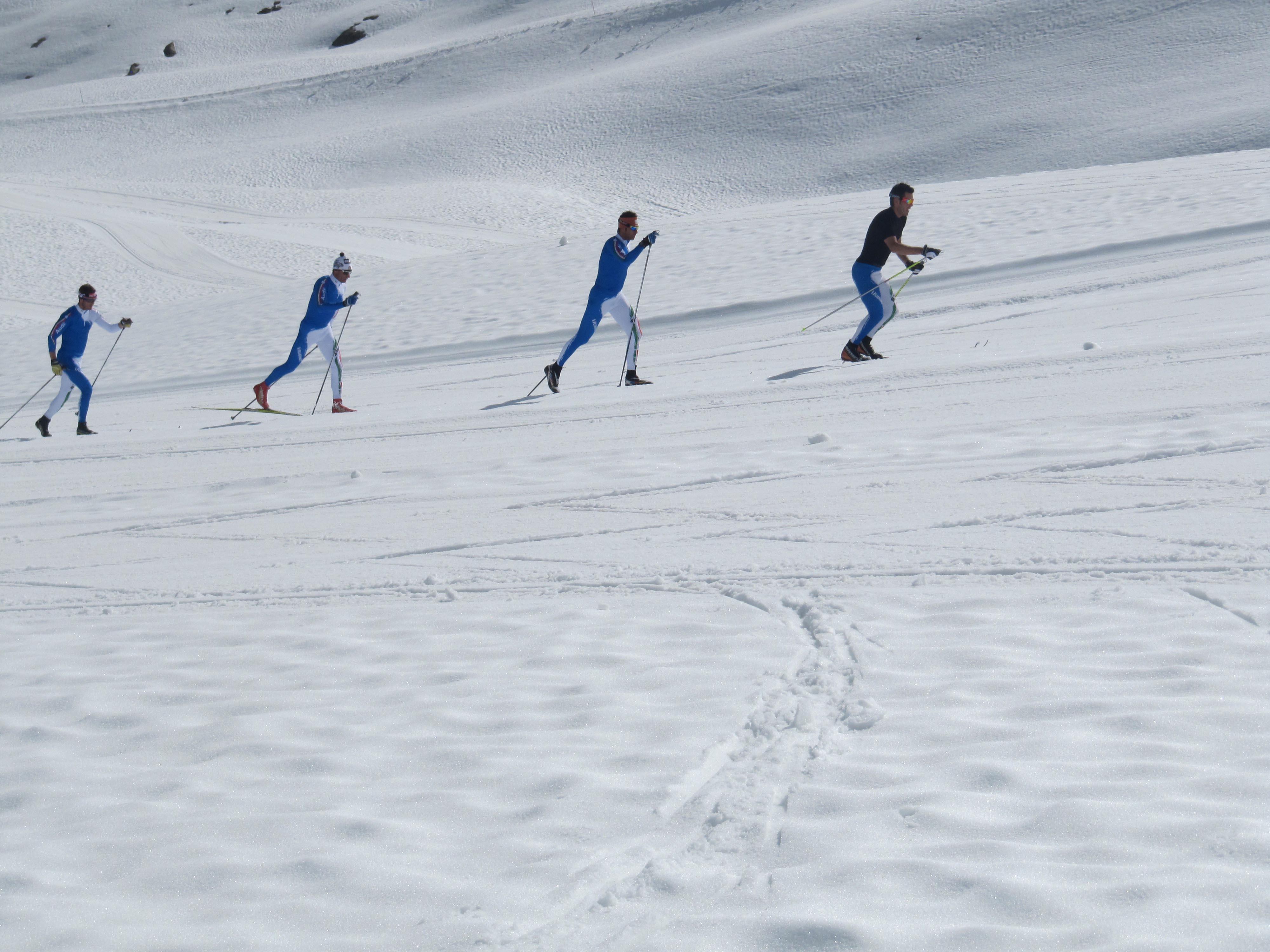 Pietro Piller-Cottrer, Giorgio Di Centa e la nazionale si allenano sul ghiacciaio del Presena