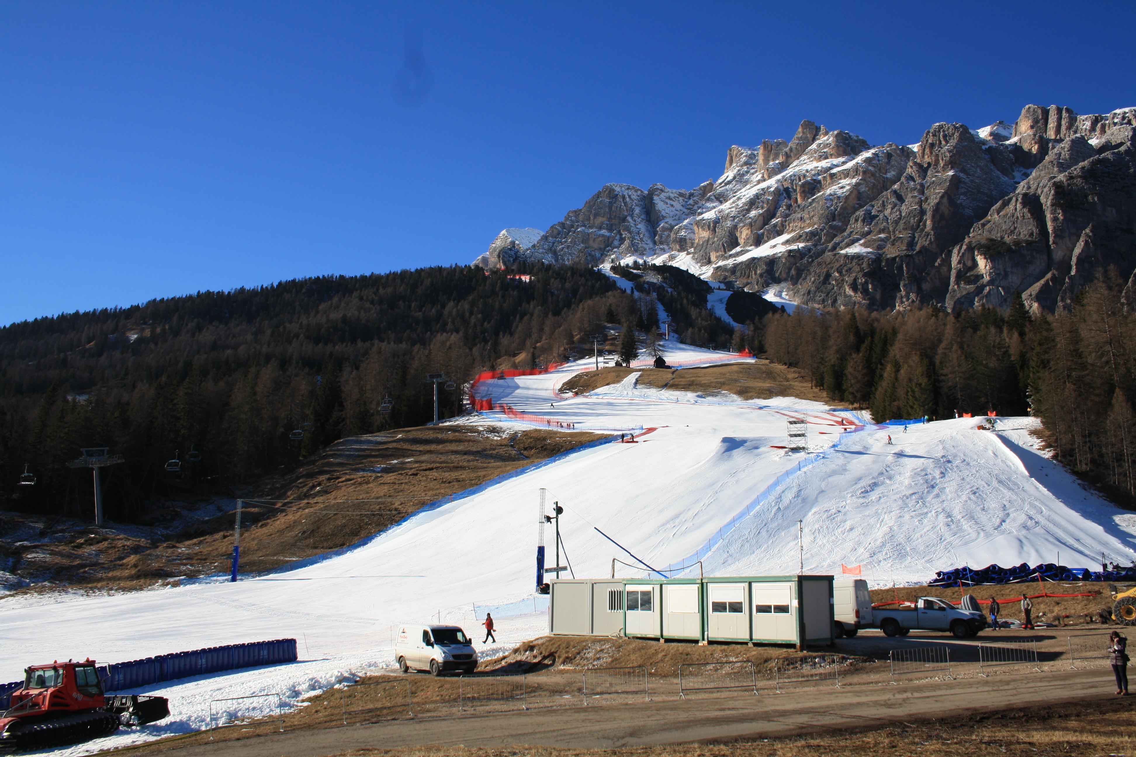 Verso le discese libere di Cortina d'Ampezzo