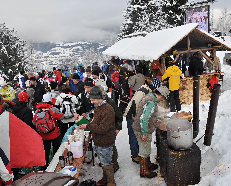 Sci di fondo: in Val di Fiemme la festa del Tour de Ski 2011