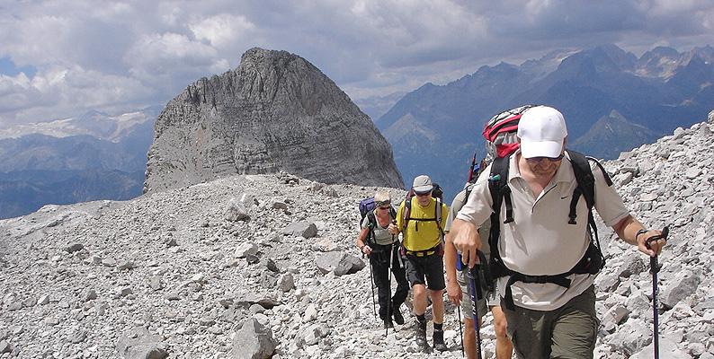 6ff0ef5f46 Zaini Osprey per vivere l'estate 2018 sulle Alpi Vie ferrate e trekking nel  cuore della Paganella ...