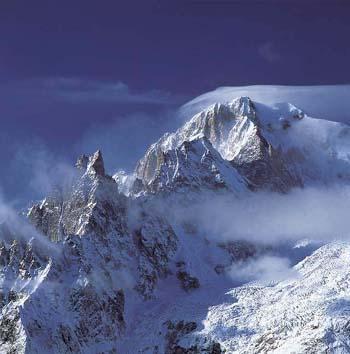 Monte Bianco: dove passa la linea di confine?